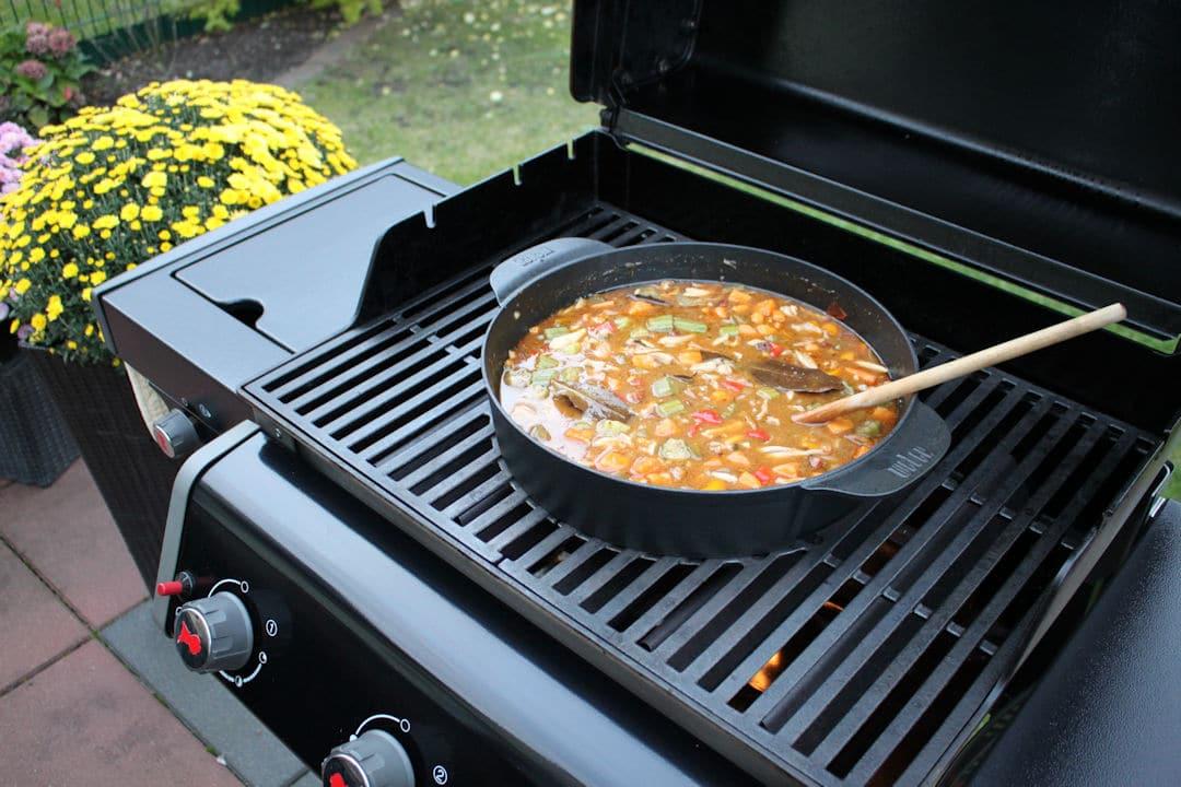 Pulled Pork Gasgrill Dutch Oven : Gumbo aus dem dutch oven futterattacke.de