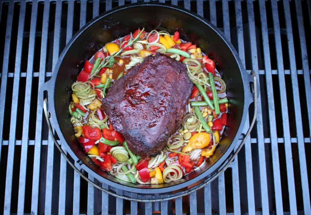 Pulled Pork Dutch Oven Gasgrill Temperatur : Gulasch aus dem dutch oven futterattacke