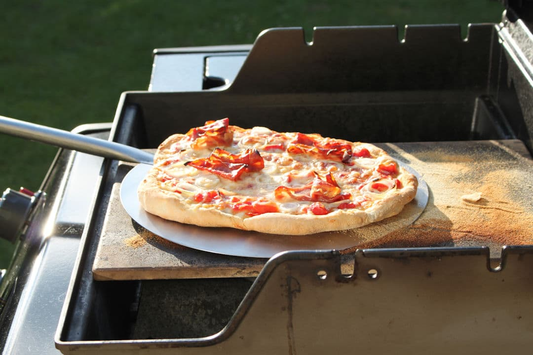 Pizza Gasgrill : Pizza vom grill u2013 die ultimative anleitung futterattacke.de