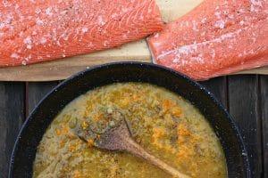 Orangensauce für den Lachs vorbereiten