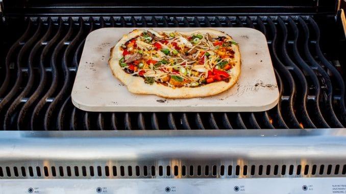 General Tsos Pizza Vom Grill Futterattackede
