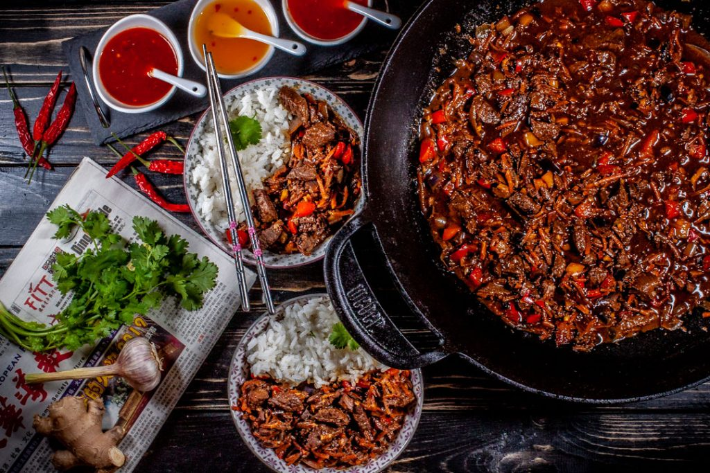 Rindfleisch mit Gemüse aus dem Wok