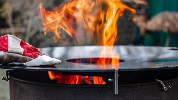 Feuerplatte Neigung
