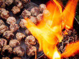 Kochen an der Feuerstelle