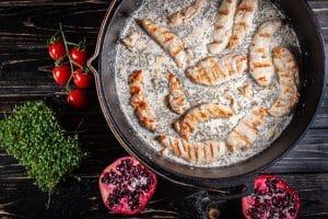 Hähnchen in Weissweinsauce aus dem Dutch Oven