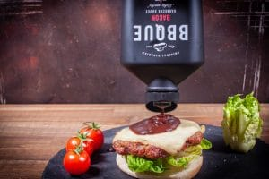 Hamburger mit BBQUE Sauce Bacon