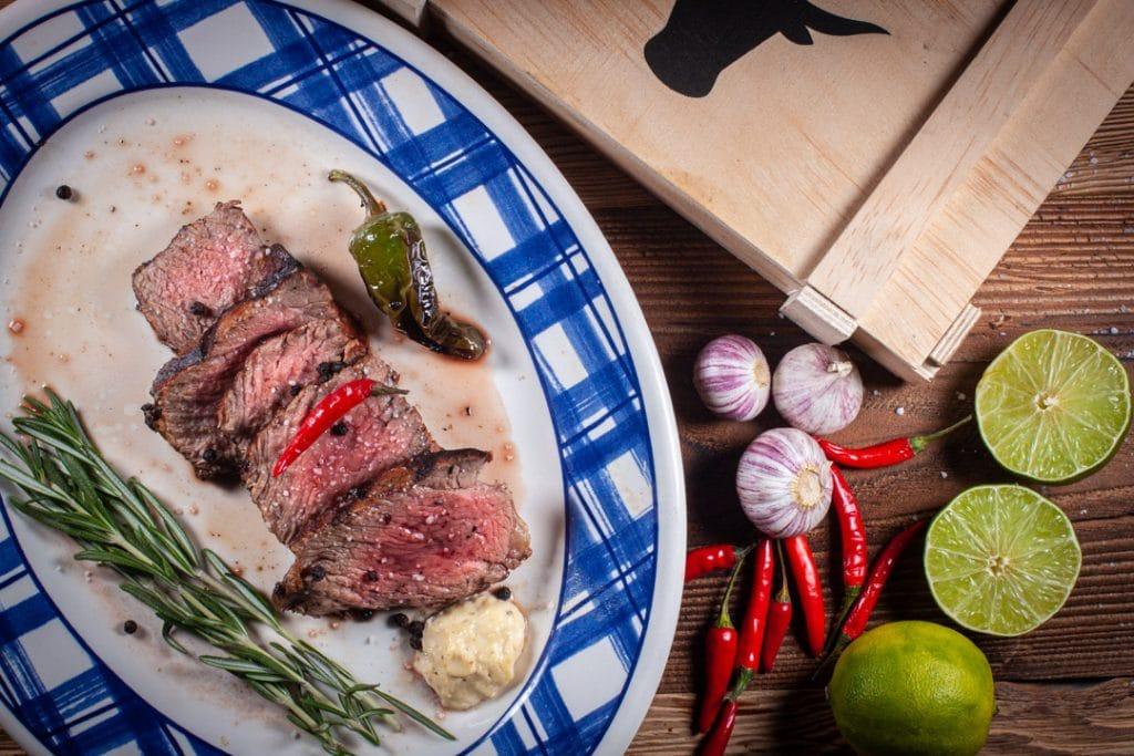 Rib Eye Steak Entrecôte gegrillt