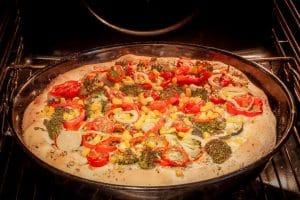 Pan Pizza im Backofen