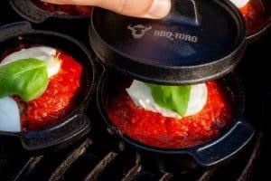 italienische Bacon Bomb aus dem Mini Dutch Oven