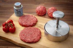 Hamburger Patties mit der Burgerpresse herstellen