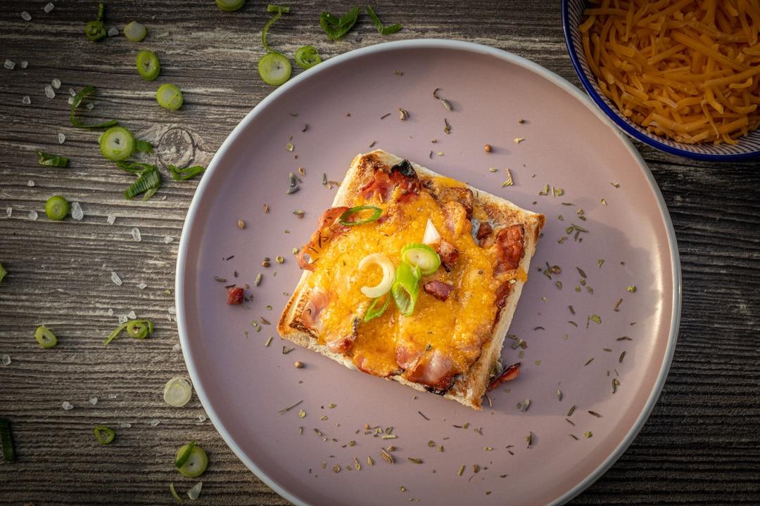 Raclette Flammkuchen-Art