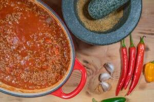 Chili con carne im Bräter