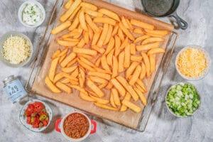 Pommes Frites auf dem Backblech