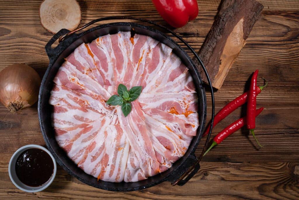 Schichtfleisch mit Bacon