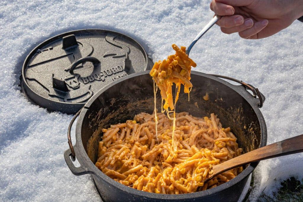 Mac and Cheese auf der Gabel