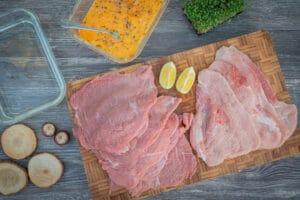 Fleisch für Schnitzel vom Klab und Schwein
